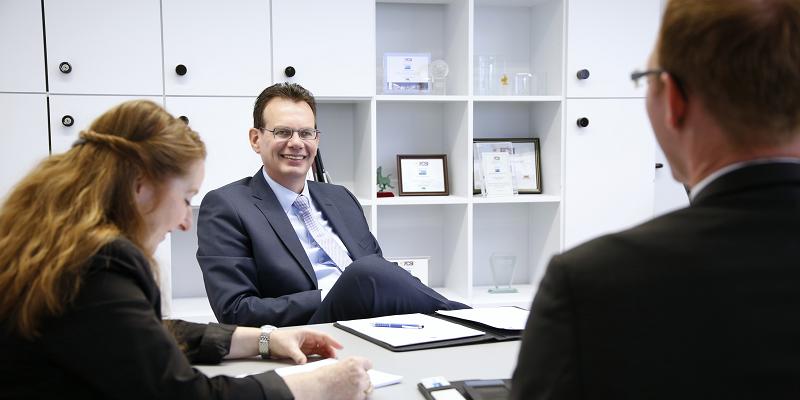 Erfahrene Interim Manager wissen, wie erfolgskritisch der richtige Umgang mit Wissen in Unternehmen ist.